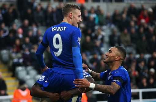 jamie-vardy-of-leicester-city-celebrates-scoring-his-teams-first-goal